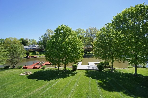 Transitional, Single Family Residence - Perry Twp, OH (photo 4)