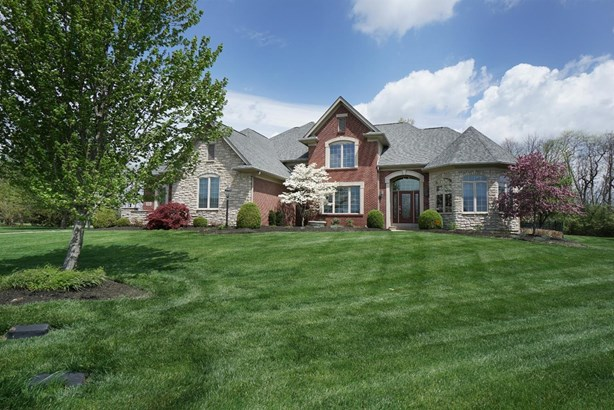 Transitional, Single Family Residence - Turtle Creek Twp, OH
