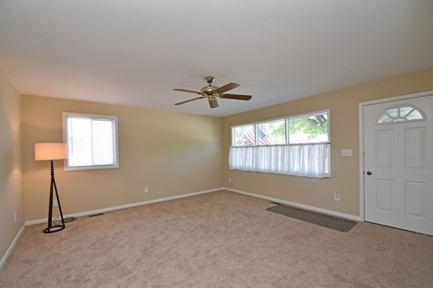 Single Family Residence, Ranch - Franklin, OH (photo 5)