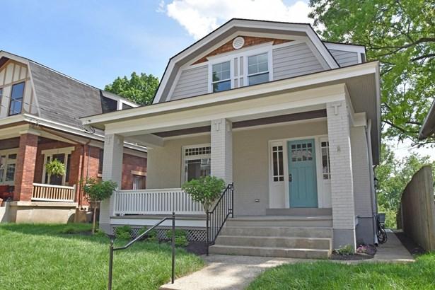 Colonial,Traditional, Single Family Residence - Cincinnati, OH (photo 1)