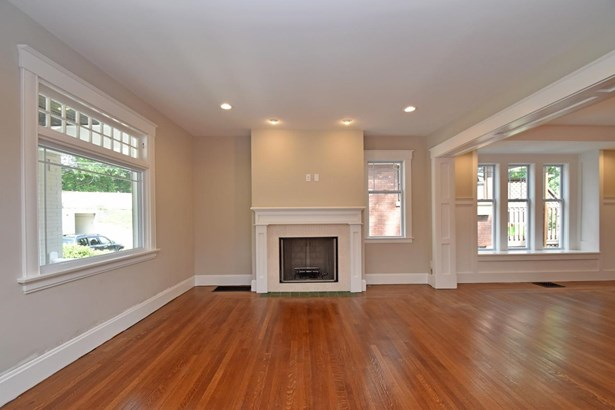 Colonial,Traditional, Single Family Residence - Cincinnati, OH (photo 5)