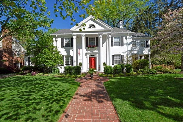 Single Family Residence, Colonial - Mariemont, OH (photo 1)