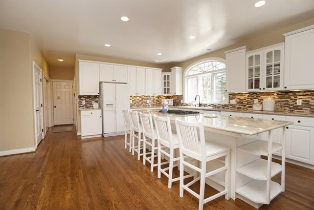 Single Family Residence, Traditional - Anderson Twp, OH (photo 4)