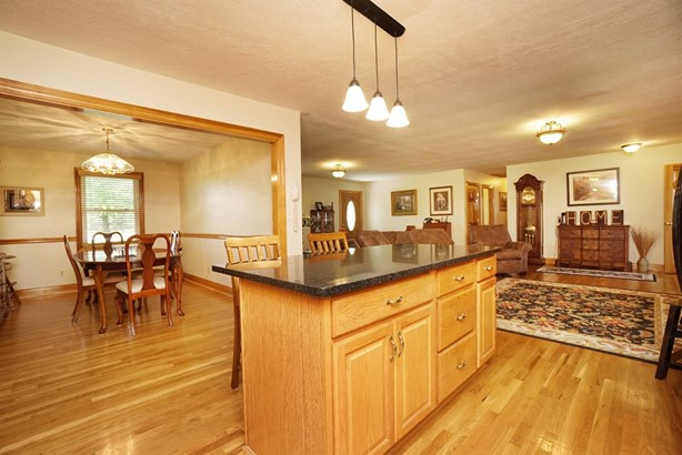 Single Family Residence, Ranch - Turtle Creek Twp, OH (photo 5)