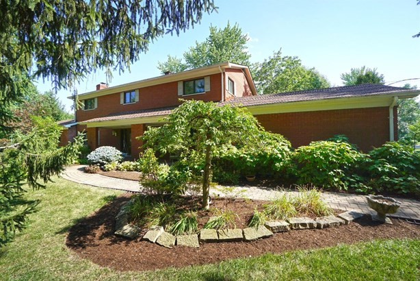 Single Family Residence, Traditional - Wyoming, OH