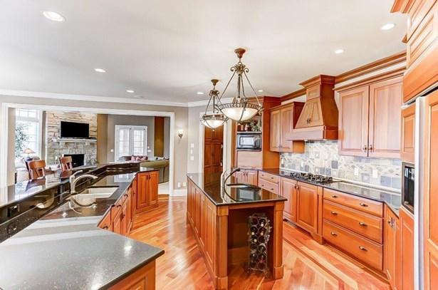 Transitional, Single Family Residence - Mason, OH (photo 5)