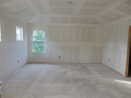 Single Family Residence, Traditional - Symmes Twp, OH (photo 5)