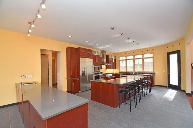 Single Family Residence, Contemporary/Modern,Transitional - Symmes Twp, OH (photo 3)
