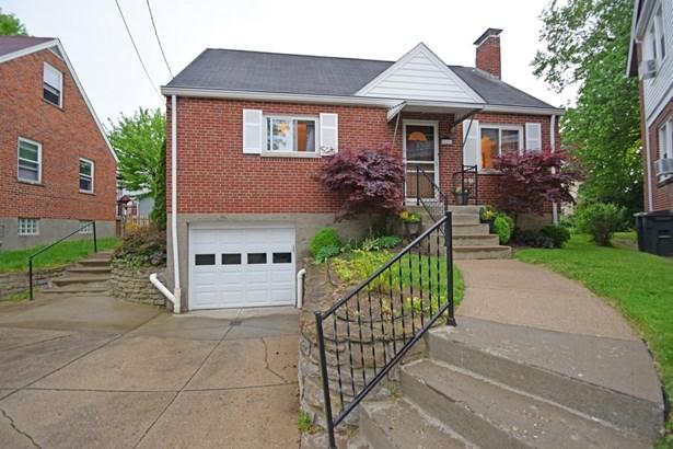 Cape Cod, Single Family Residence - St Bernard, OH (photo 1)