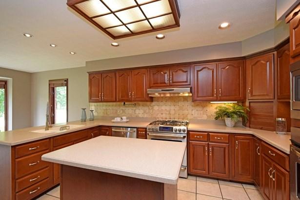 Single Family Residence, Ranch - Springboro, OH (photo 4)
