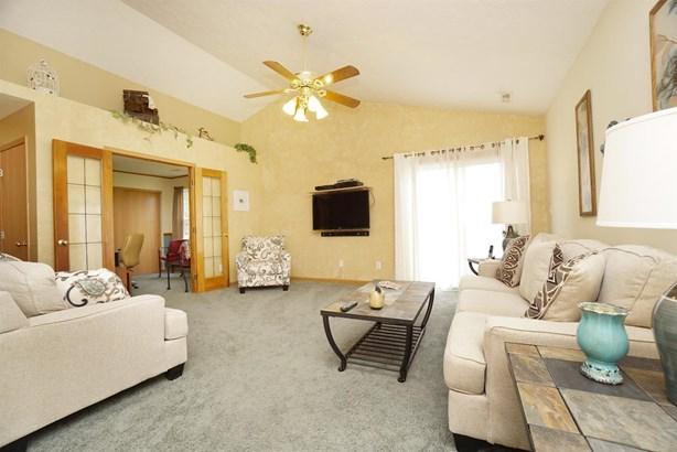 Single Family Residence, Ranch - Goshen Twp, OH (photo 4)