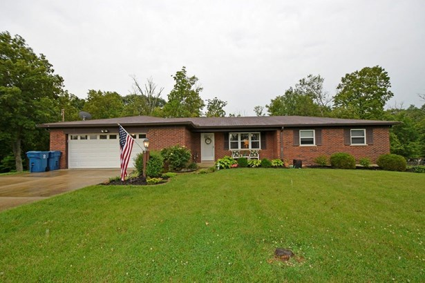 Single Family Residence, Ranch - Goshen Twp, OH (photo 1)