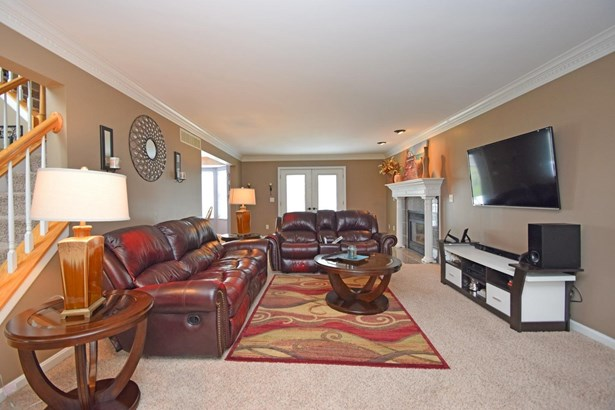 Single Family Residence, Colonial - Pierce Twp, OH (photo 3)