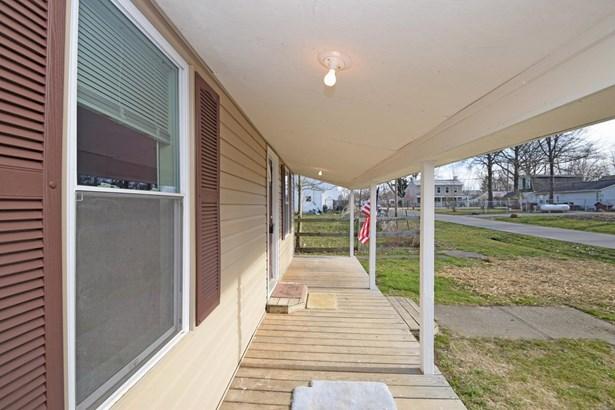 Cape Cod, Single Family Residence - Felicity, OH (photo 2)