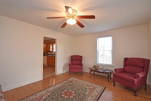 Cape Cod, Single Family Residence - Felicity, OH (photo 3)
