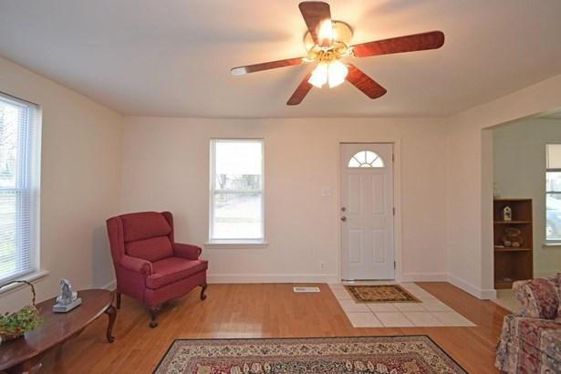 Cape Cod, Single Family Residence - Felicity, OH (photo 4)