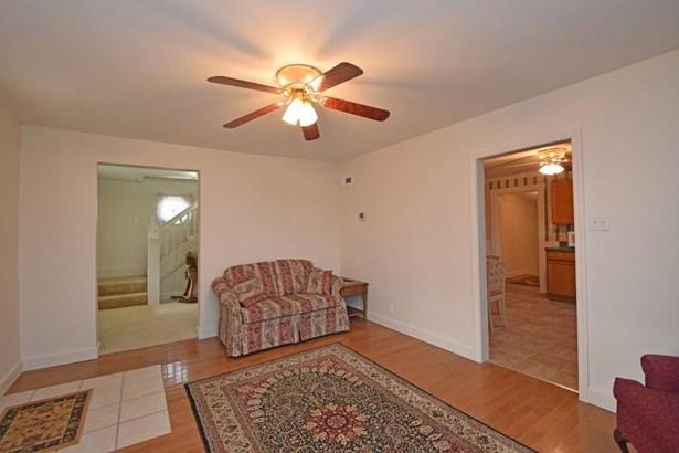 Cape Cod, Single Family Residence - Felicity, OH (photo 5)