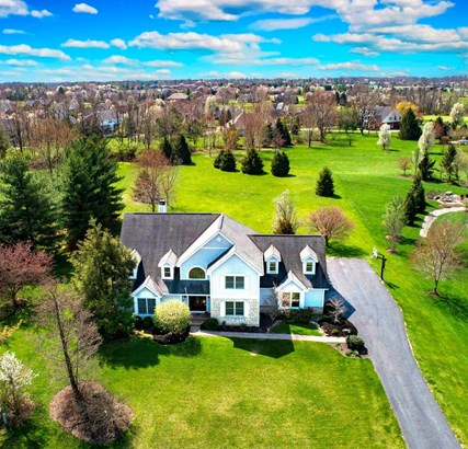 Transitional, Single Family Residence - Loveland, OH (photo 1)
