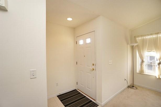 Condominium, Traditional - Miamisburg, OH (photo 2)
