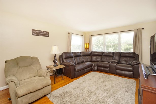Single Family Residence, Ranch - Green Twp, OH (photo 4)