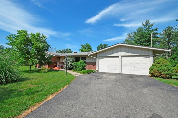Single Family Residence, Ranch - Springfield Twp., OH (photo 2)
