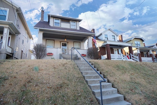 Cape Cod, Single Family Residence - Norwood, OH (photo 3)