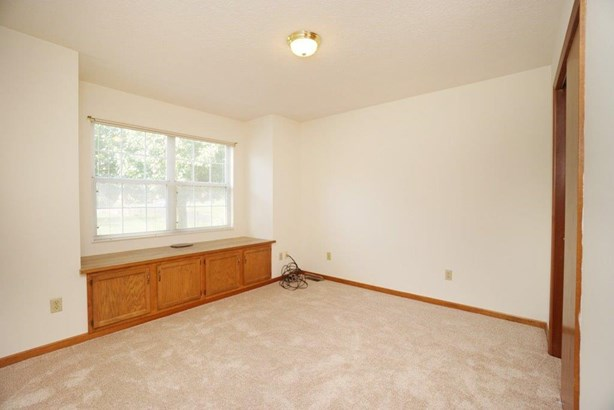Single Family Residence, Ranch - Middletown, OH (photo 5)
