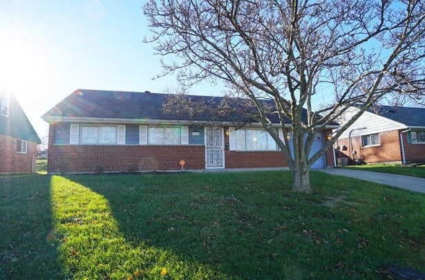 Ranch,Traditional, Single Family Residence - Colerain Twp, OH (photo 2)
