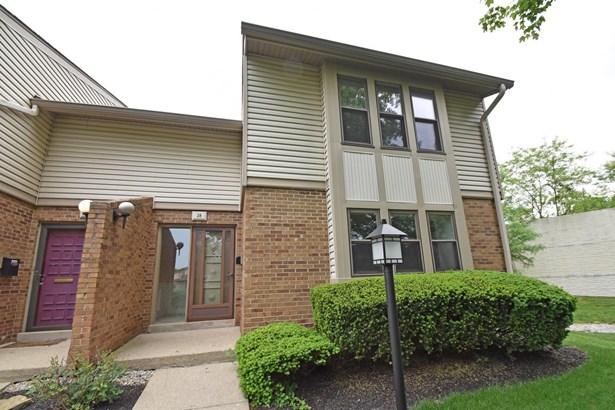 Condominium, Traditional - Springdale, OH (photo 1)