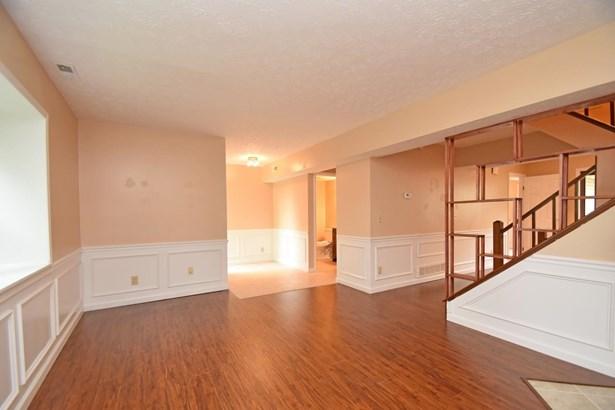 Condominium, Traditional - Springdale, OH (photo 4)