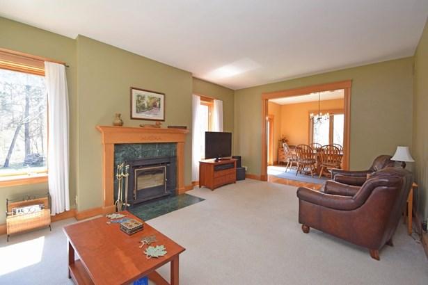 Single Family Residence, Traditional - Ohio Twp, OH (photo 4)