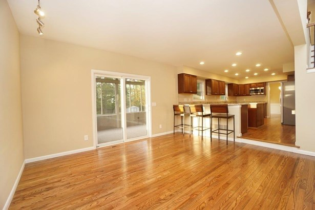 Transitional, Single Family Residence - Symmes Twp, OH (photo 5)