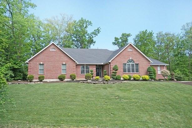 Single Family Residence, Ranch,Transitional - Hamilton, OH (photo 1)