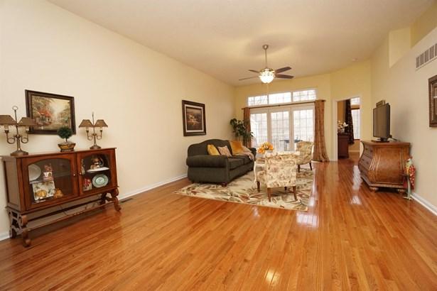 Condominium, Ranch - Miami Twp, OH (photo 3)