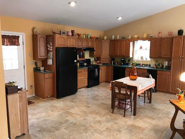 Single Family Residence, Craftsman/Bungalow - Meigs Twp, OH (photo 5)