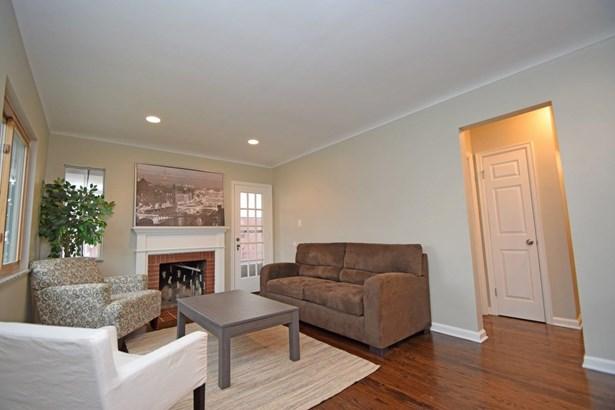 Cape Cod, Single Family Residence - Silverton, OH (photo 3)