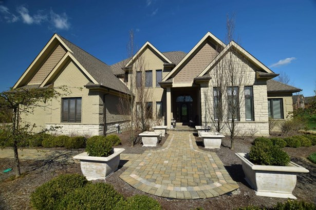 Single Family Residence, Traditional - Clearcreek Twp., OH (photo 2)