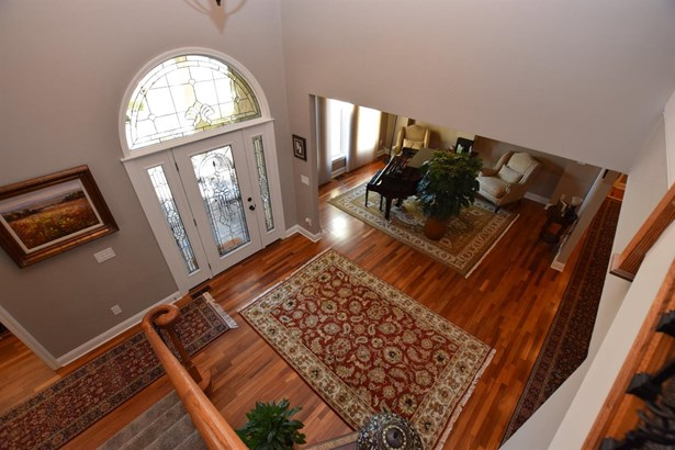 Single Family Residence, Traditional - Clearcreek Twp., OH (photo 3)