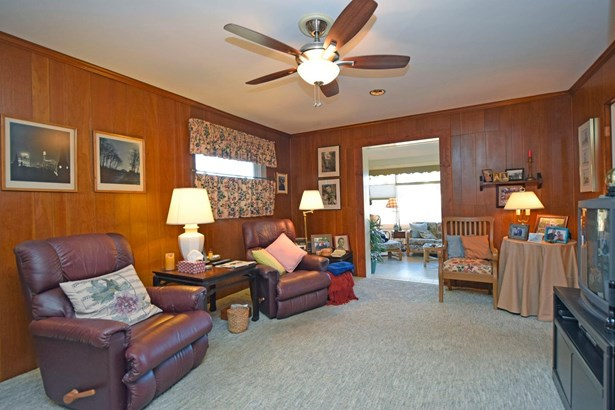 Single Family Residence, Ranch - Amberley, OH (photo 4)