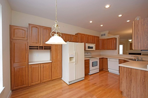 Transitional, Single Family Residence - Pierce Twp, OH (photo 3)