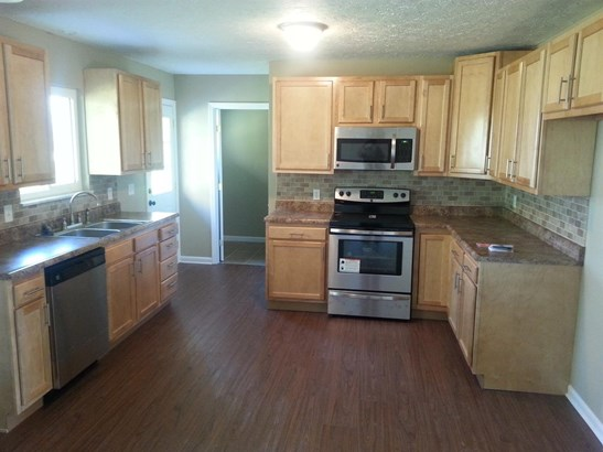 Single Family Residence, Ranch - Madison Twp, OH (photo 3)