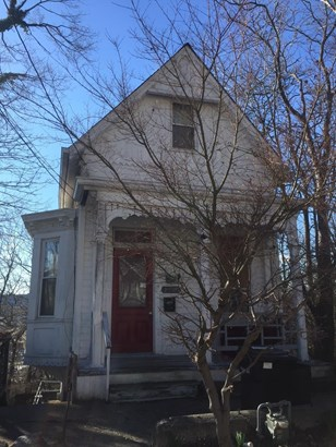Single Family Residence, Traditional - Cincinnati, OH (photo 2)