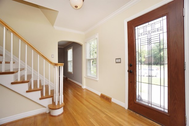 Single Family Residence, Traditional - Montgomery, OH (photo 3)