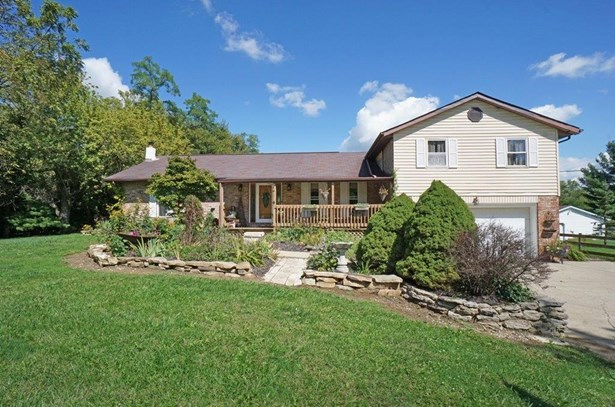 Single Family Residence, Traditional - Gratis Twp, OH (photo 1)
