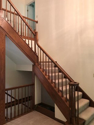 Single Family Residence, Traditional,Tudor - Miami Twp, OH (photo 2)