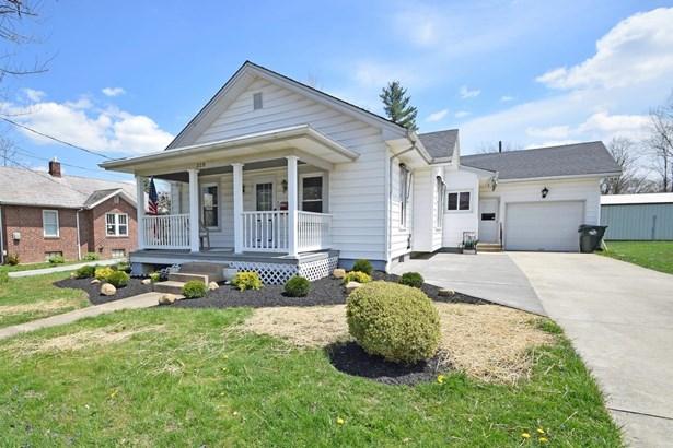 Single Family Residence, Traditional - Bethel, OH (photo 1)