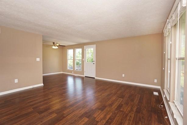 Condominium, Ranch - Loveland, OH (photo 4)