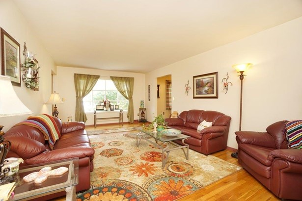 Single Family Residence, Ranch - Springfield Twp., OH (photo 4)