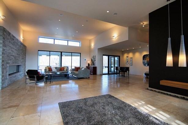 Ranch,Contemporary, Single Family Residence - Mason, OH (photo 3)