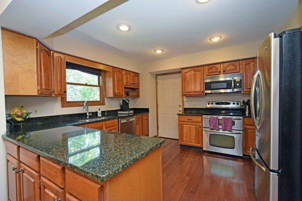 Single Family Residence, Traditional - Anderson Twp, OH (photo 5)